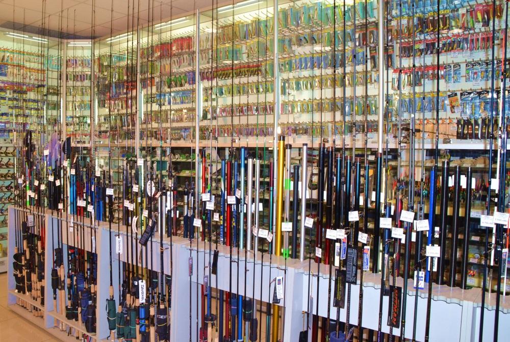 Рыболовный магазин на радиорынке митино